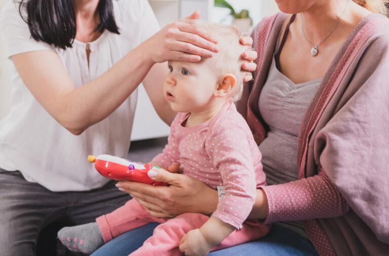 osteopathische Behandlung eines Babys